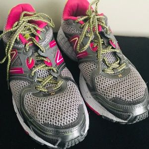 🎉Must Go🎉  New Balance 680 V2Brooks Running Shoe